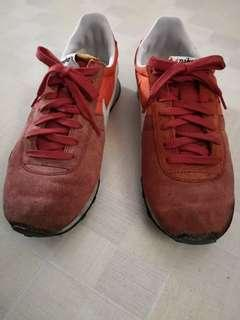 Nike shoes (size refer to photo)