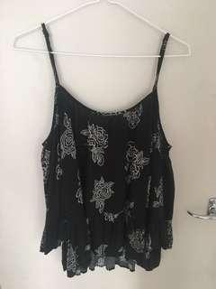Jay jays flowy black top