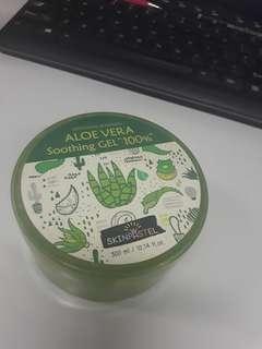 Aloe vera sooting gel