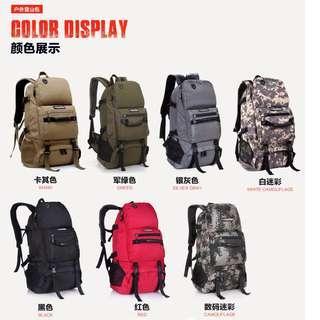 HK$198/1個 ~ 黑色 - 全新原裝正貨高質量40L大容量行山 旅行大背包 外遊自由行 露營背囊 backpack 40L