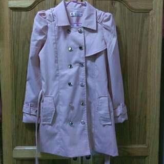 粉色雙排扣風衣
