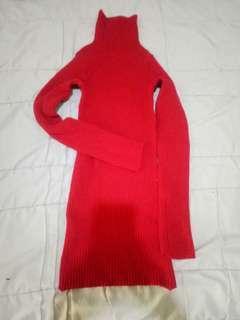 Red sweater rajut