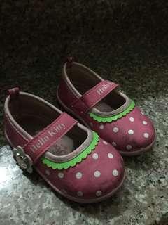 🚚 贈14公分女童鞋