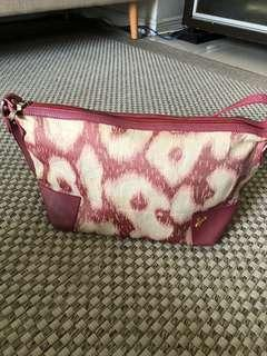 VIVIENNE WESTWOOD SLING/SHOULDER BAG