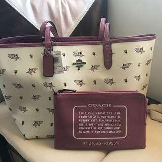 Coach Reversible Tote (Auth)