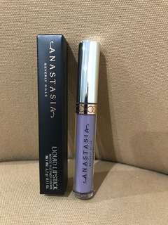 ABH clover lipstick