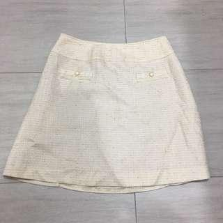 Tweed like beige skirt