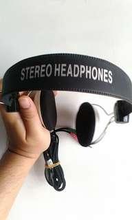 Headphone Sturdy Model lama