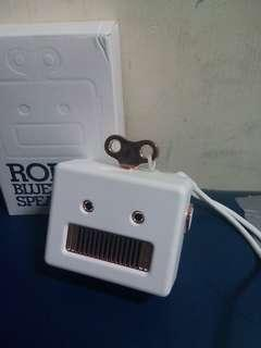 Robot bluetooth speaker 307