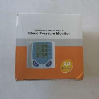 BLOOD PRESSURE MONITOR AUTOMATIC WRIST WATCH 90 memories