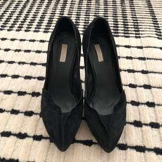 🚚 Chloe Chen 黑色麂皮高跟鞋