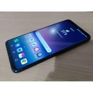LG V30 black like new condition