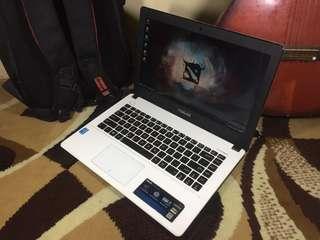 Asus X450L Core i5 Ram 4Gb nVidia 4Gb