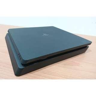 【PS4主機】索尼 Sony PS4 Slim CUH-2117A 500G 新款薄型機 極致黑 電玩主機 盒裝 保內