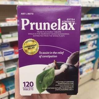 一款緩解便祕的好東西【Prunelax天然植物纖維 120粒】西梅汁對於便祕立竿見影,但是有質量保證的西梅汁很難買到或者價格高,這款西梅片片裝包裝,方便性價比更高。 Prunelax西梅片包裝規格120粒。天然植物纖維西梅提取物可有效的幫助促進腸道的蠕動和軟化宿便,在臨睡前吃一片(包裝註明1至2片),可以讓你第二天順利排出💩!是非常有效純天然解決便祕的好幫手!