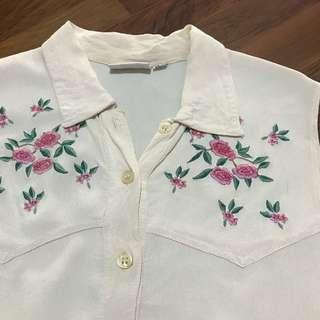 vintage embroidered floral sleeveless top