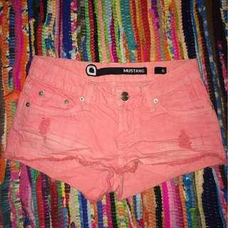 MUSTANG Pink Ripped Shorts Size 6/XS