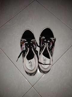 Shoes/sepatu