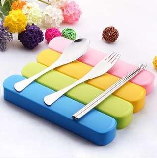 推廣環保,10元有2套(HKD10 for 2 sets) 全新便携餐具 連膠盒 3件套 匙勺 叉 筷子 不銹鋼