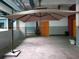 NEW  SUNRAY OUTDOOR PATIO PARASOL 3M ×3M AND 2.5M  ×2.5M SQUARE  DOUBLE TOP UMBRELLA  STRONG GRANITE BASE WEIGH 110KG   👉BIGGEST    FRAME    75MM👈     WHATSAPP  HP   👉  98576677 👈