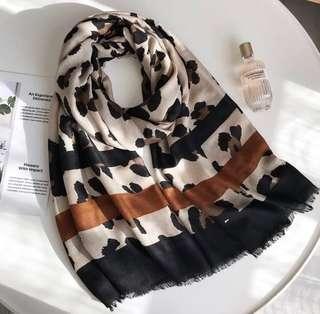 Pre order Leopard printed scarf