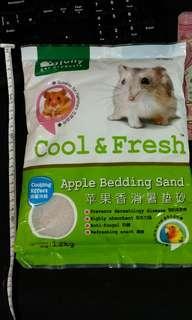 [全新]Jolly 蘋果香消暑墊砂 倉鼠砂 廁砂 墊材 墊料 消暑砂 刺蝟 兔 熊仔鼠 天竺鼠 貓砂 1.2kg hamster apple bedding sand