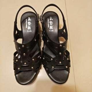 黑色柳釘鞋