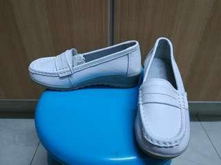 Brand New Women Shoes