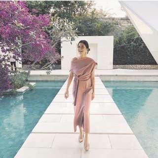 SHOPETNI Anna Dress in Pink