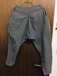 🚚 格紋縮口九分褲