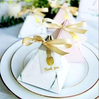 PO Classic Marble Pyramid Candy Favor Paper Box