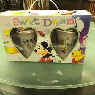Mickey and Minnie cups set