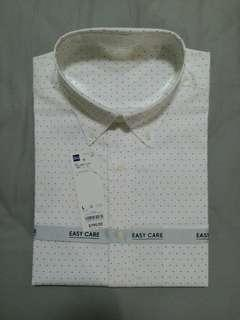 🚚 GU全新白底圓點長袖牛津領襯衫