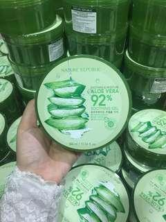 Nature Republic Aloe Vera Soothing Gel Masker