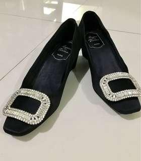 Roger Vivier pump shoes