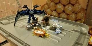 太空戰士、太空船及怪獸五個