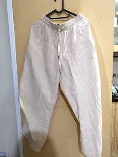 Celana Santai Kondisi Apa Adanya (Garage Sale)