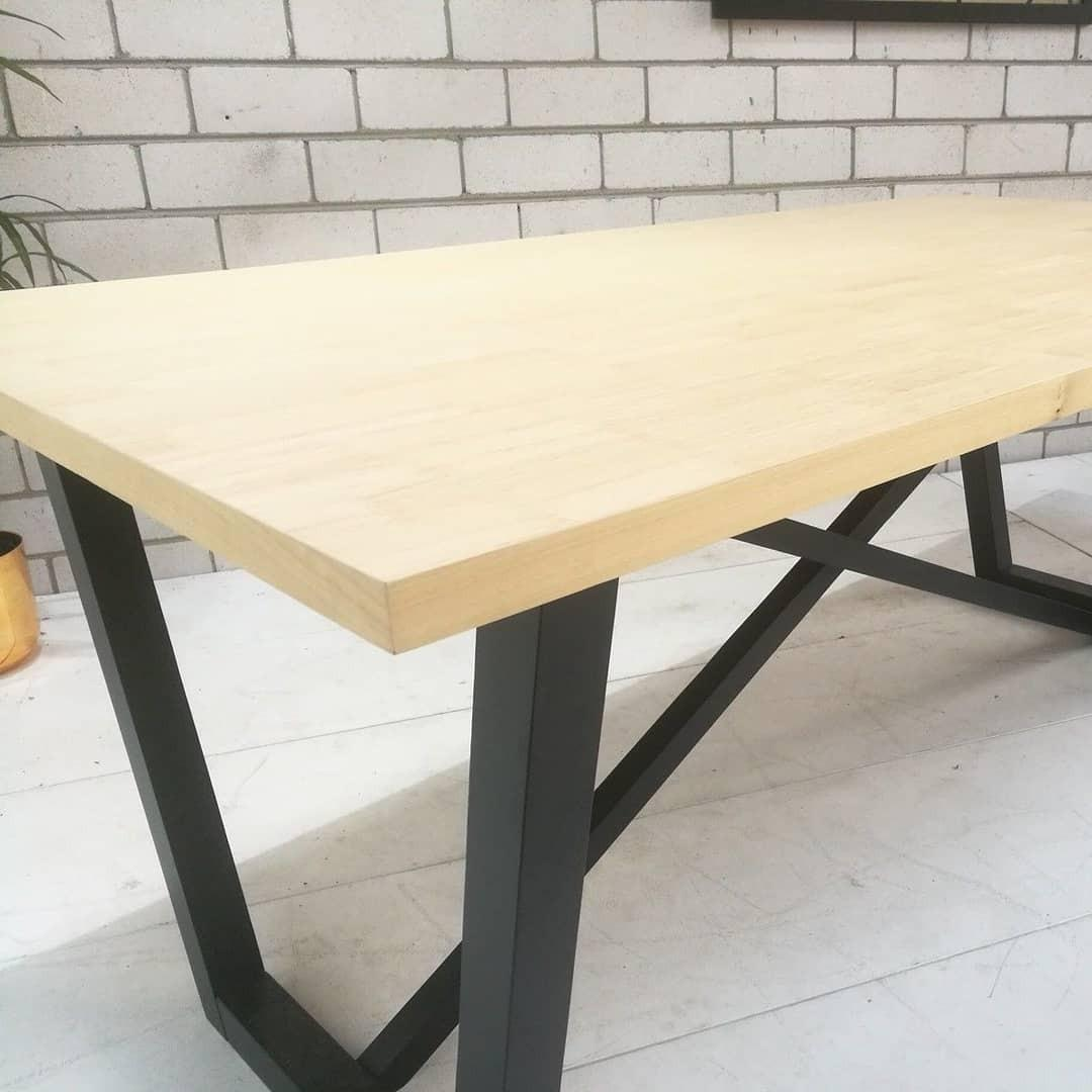 6 seater Natural Dining Table