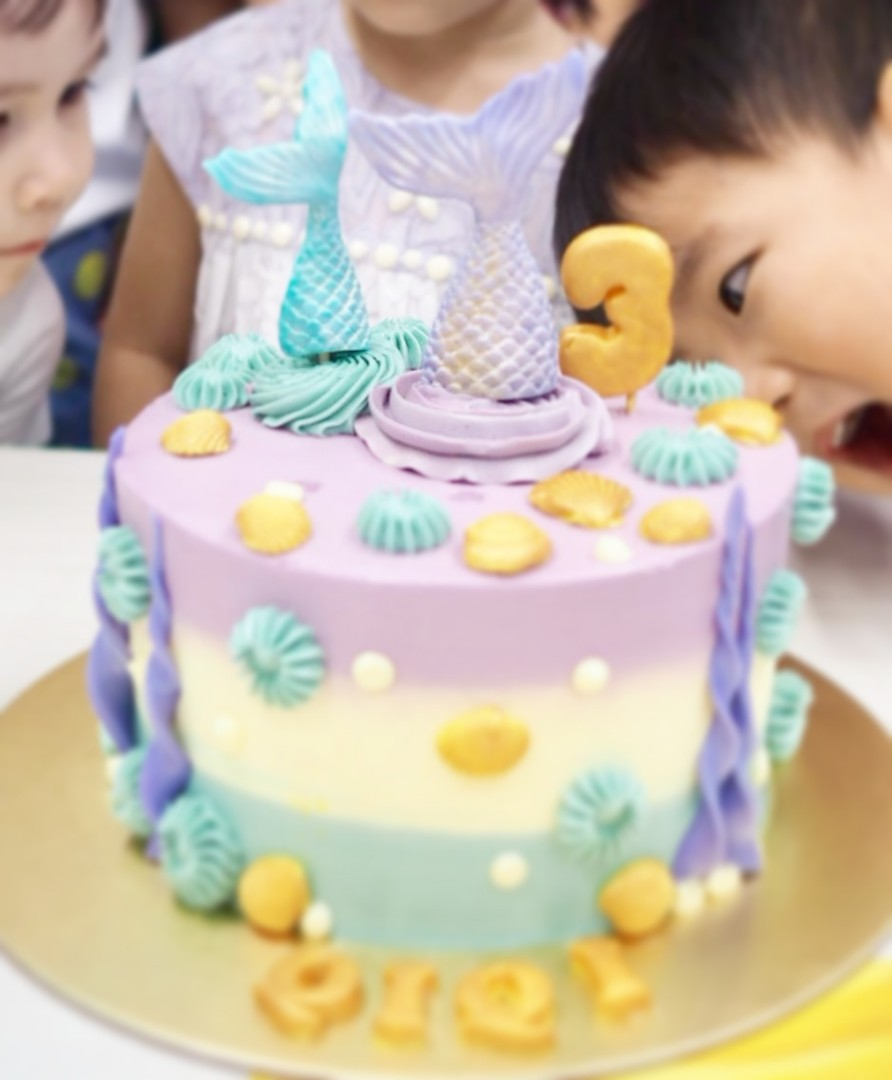 Mermaid Birthday Cake Food Drinks Baked Goods On Carousell
