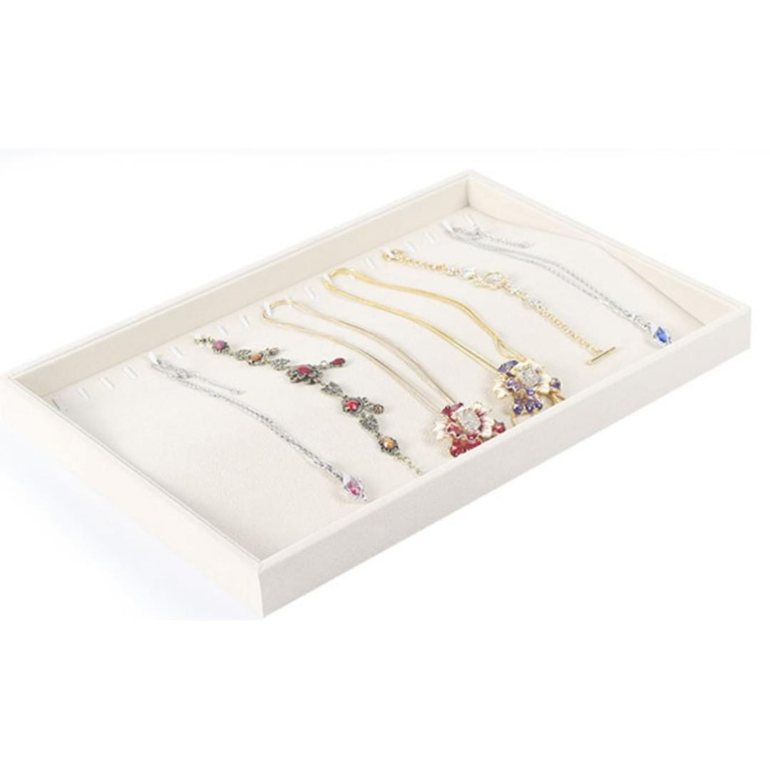 Necklace jewellery organiser