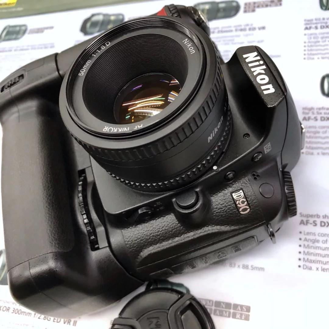 Nikon D90+Grip+AF 50mmF1.8D (Fixed Price Bundle)
