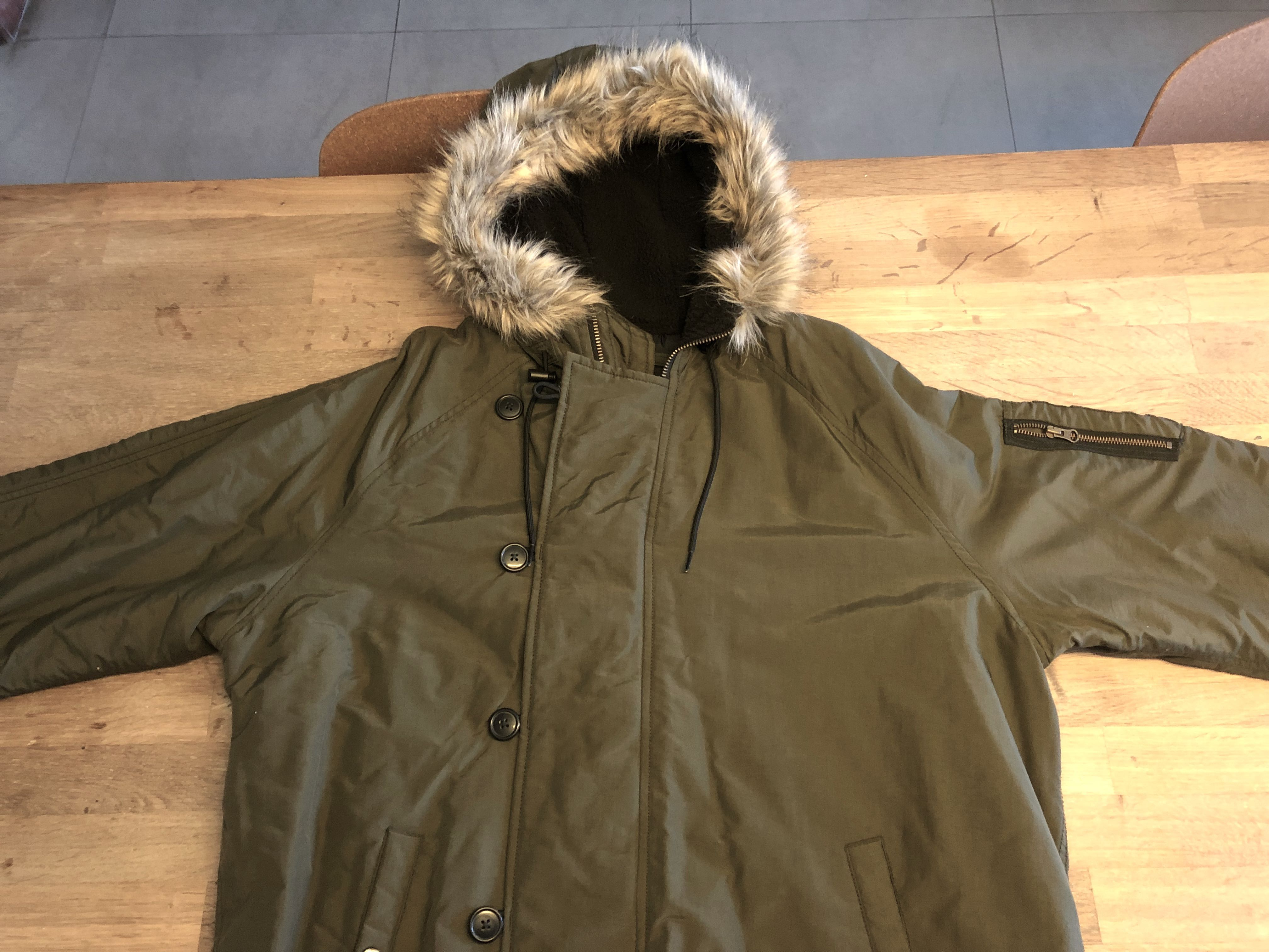 5e05d5890 Old Navy Winter Long Jacket with faux fur hood, Men's Fashion ...