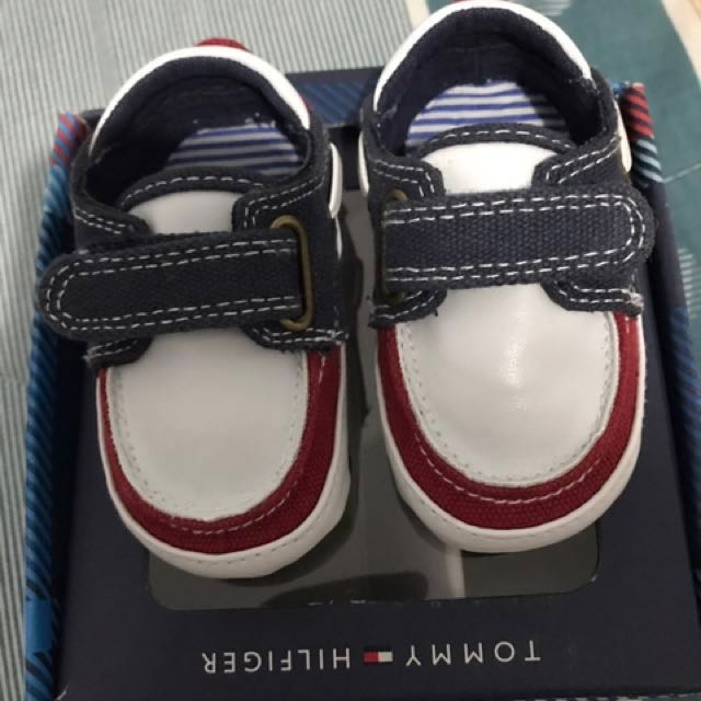 0f0336e3a911fb Tommy Hilfiger Baby Shoes