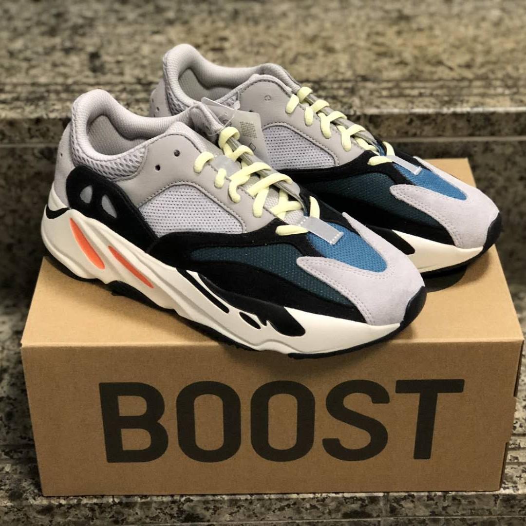 5242533d Yeezy Boost 700 OG Wave Runner UK7, Men's Fashion, Footwear ...