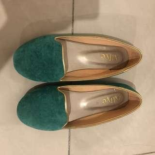 Alive Flat Shoes
