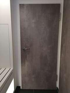 Laminate solid door