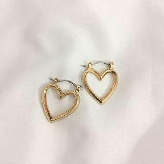 Heart shape earring 💕