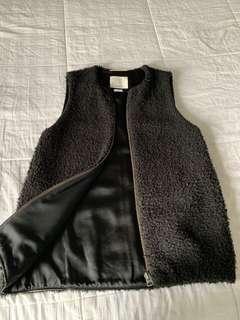 Aritzia Wilfred Vest