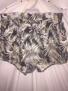 Factory shorts size L