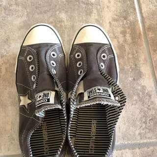 Converse One Star Ladies Size 8